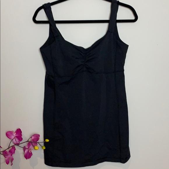 Lululemon Athletica Black tank bra attached